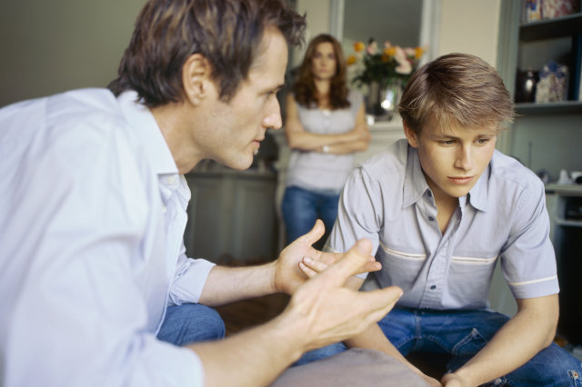 Имеют ли право на алименты совершеннолетние дети