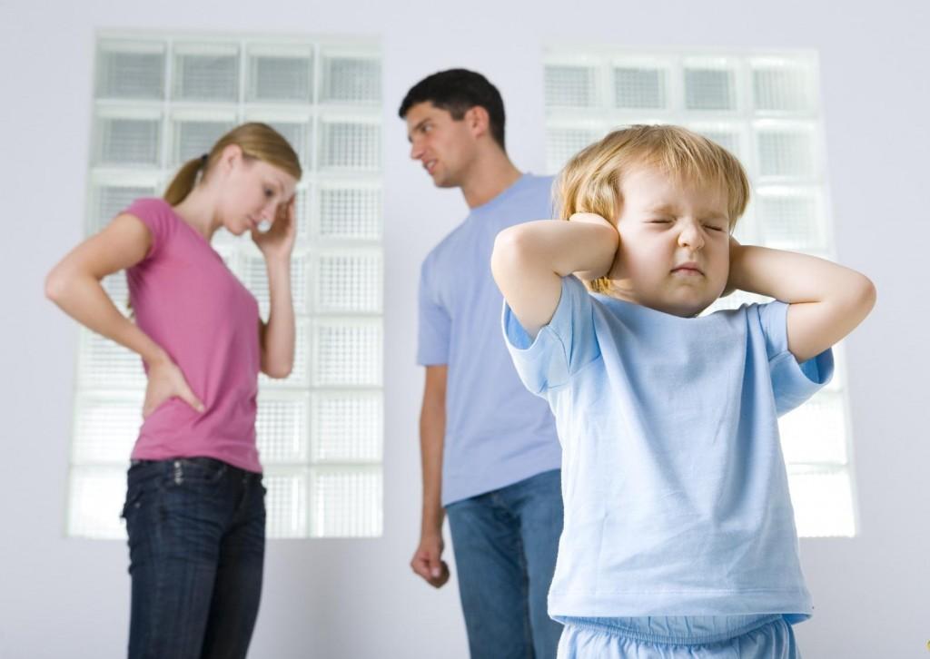 Отец указывает слишком маленькую зарплату на алименты что делать