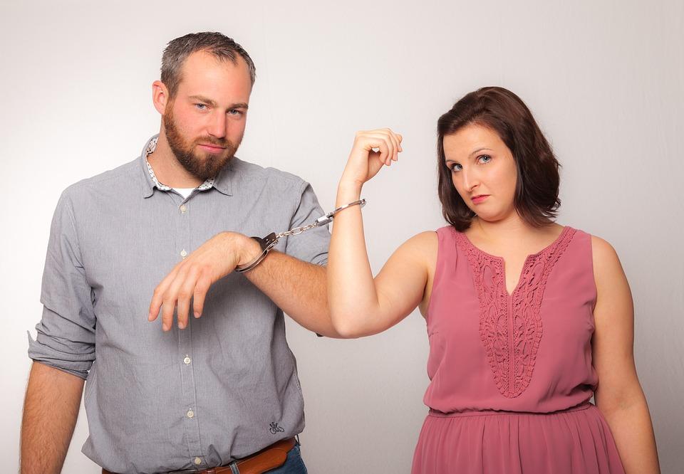 Когда и как осуществляется признание брака недействительным